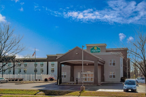 . La Quinta Inn & Suites by Wyndham Lexington Park - Patuxent