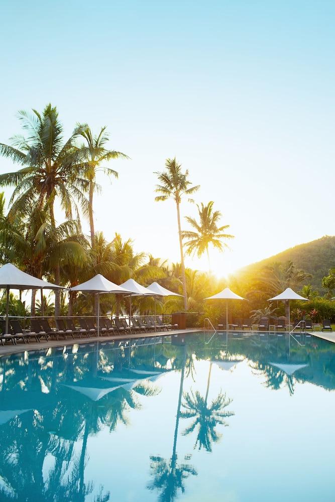 https://i.travelapi.com/hotels/3000000/2160000/2159100/2159076/5b38f9ed_z.jpg
