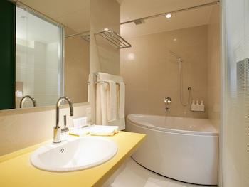ORIENTAL HOTEL HIROSHIMA Bathroom