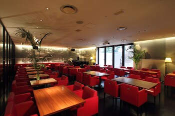 ORIENTAL HOTEL HIROSHIMA Breakfast Area
