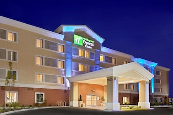 Hotel - Holiday Inn Express Suites Sumner