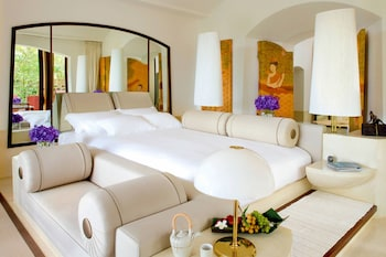 Room, 1 King Bed with Sofa bed, Resort View