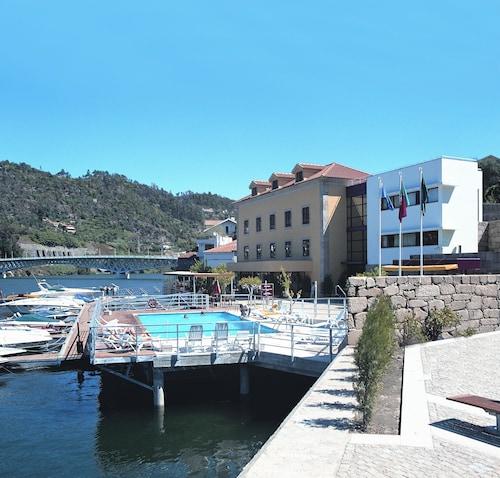 . Hotel Porto Antigo