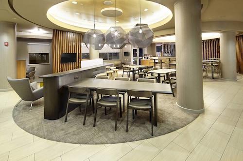 . SpringHill Suites by Marriott Chicago Waukegan/Gurnee