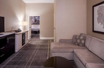 Suite, 1 Bedroom, Accessible, Bathtub