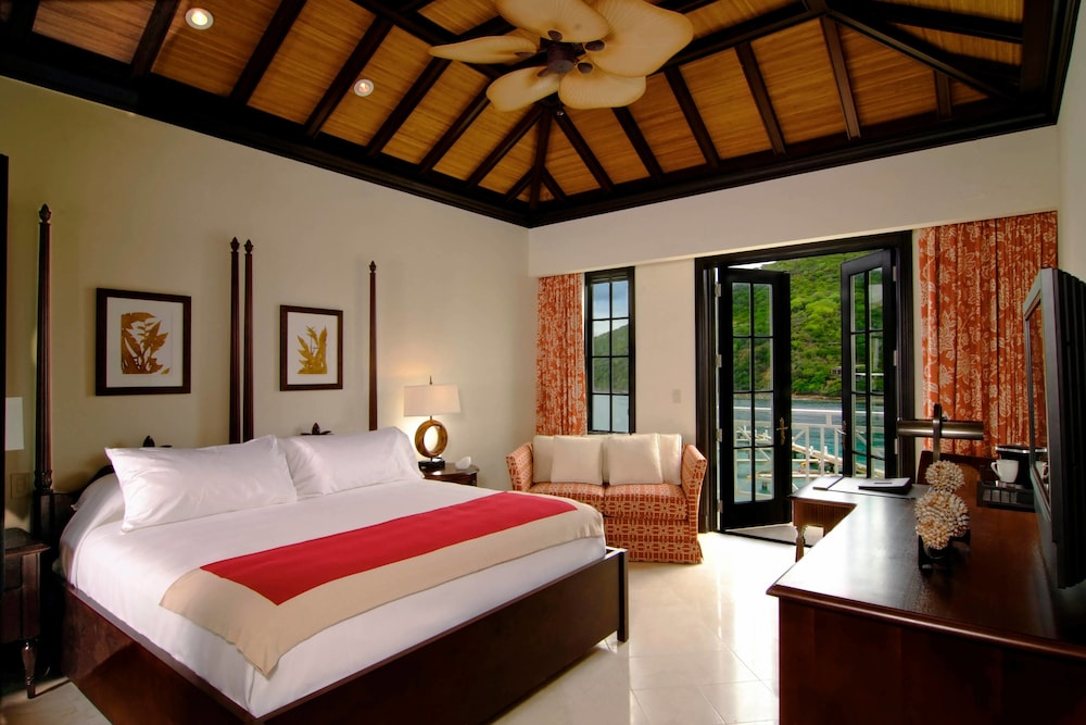 https://i.travelapi.com/hotels/3000000/2180000/2172800/2172752/de94672c_z.jpg