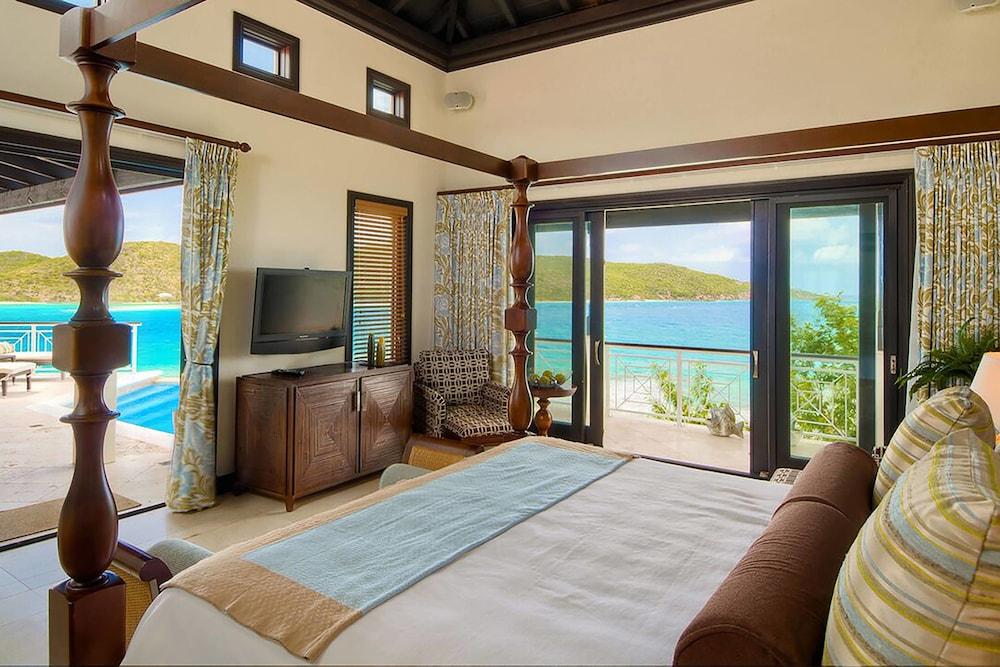 https://i.travelapi.com/hotels/3000000/2180000/2172800/2172752/e1e73abe_z.jpg