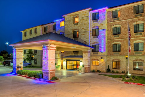 . Holiday Inn Express And Suites Granbury