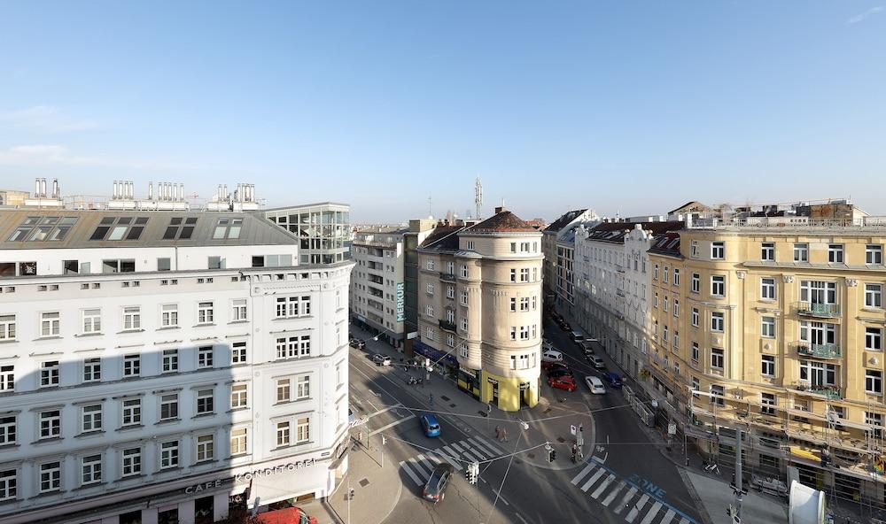 Hotel Eurostars Embassy