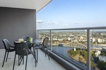 盛橡布里斯本奧羅拉套房飯店 Oaks Brisbane Aurora Suites