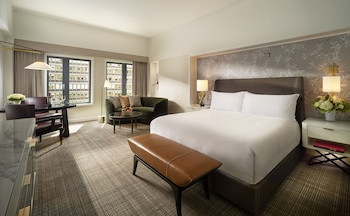 Deluxe Room, 1 King Bed, Accessible