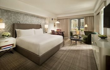 Premier Room, 1 King Bed, Accessible (Hearing and Vision Accessible)