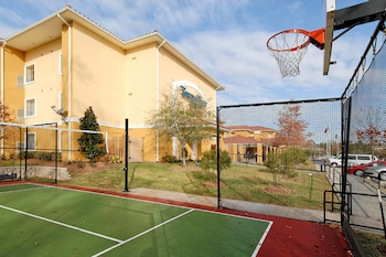 Houston Vacations - TownePlace Suites by Marriott Houston North / Shenandoah - Property Image 1