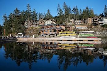 Hotel - Painted Boat Resort