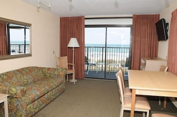 Guestroom at Jonathan Harbour in Myrtle Beach
