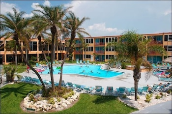 Hotel - Dolphin Beach Resort