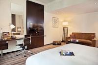 Club Rotana Premium (1 king bed)