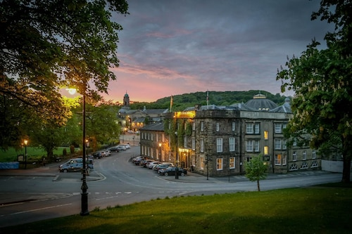 __{offers.Best_flights}__ Old Hall Hotel