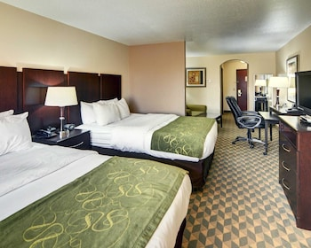 Guestroom at Comfort Suites in Fort Worth