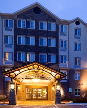 Hotel - Staybridge Suites Milwaukee Airport South