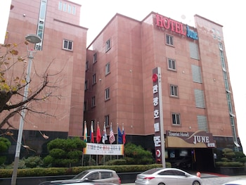 Hotel - Incheon Airport Hotel June