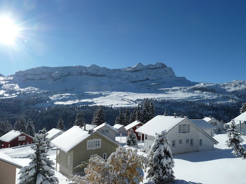 . Flaine Reservation