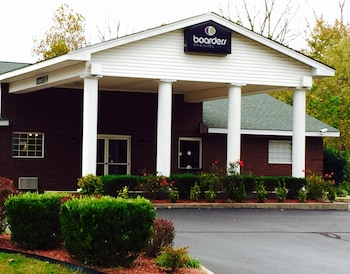 Hotel - Boarders Inn & Suites by Cobblestone Hotels – Ashland City