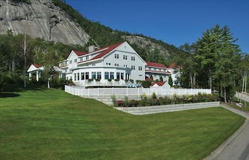 Hotel - The White Mountain Hotel & Resort