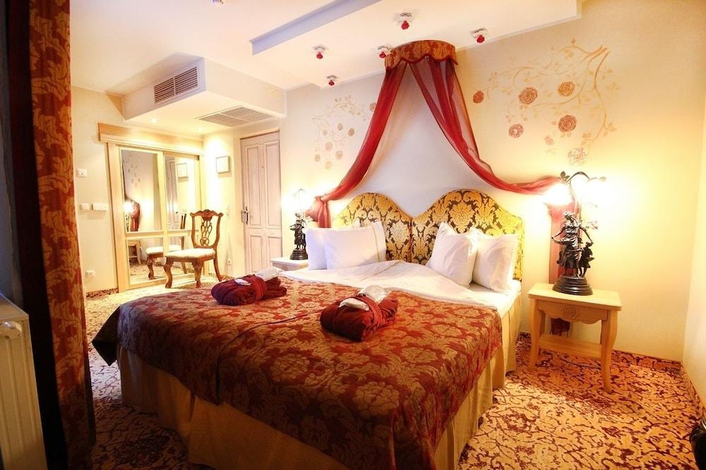 https://i.travelapi.com/hotels/3000000/2200000/2192300/2192292/635e86ee_z.jpg