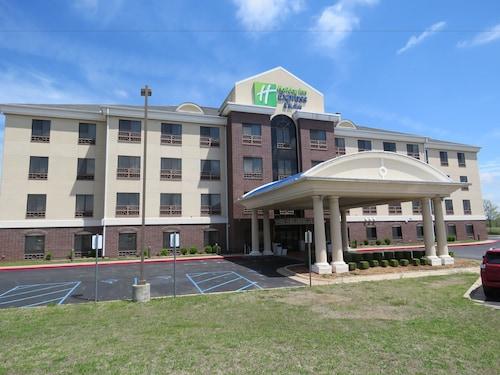 . Holiday Inn Express Hotel & Suites Bartlesville, an IHG Hotel