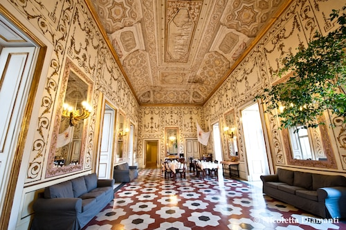 __{offers.Best_flights}__ Decumani Hotel De Charme