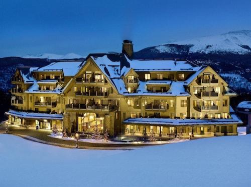 . Crystal Peak Lodge