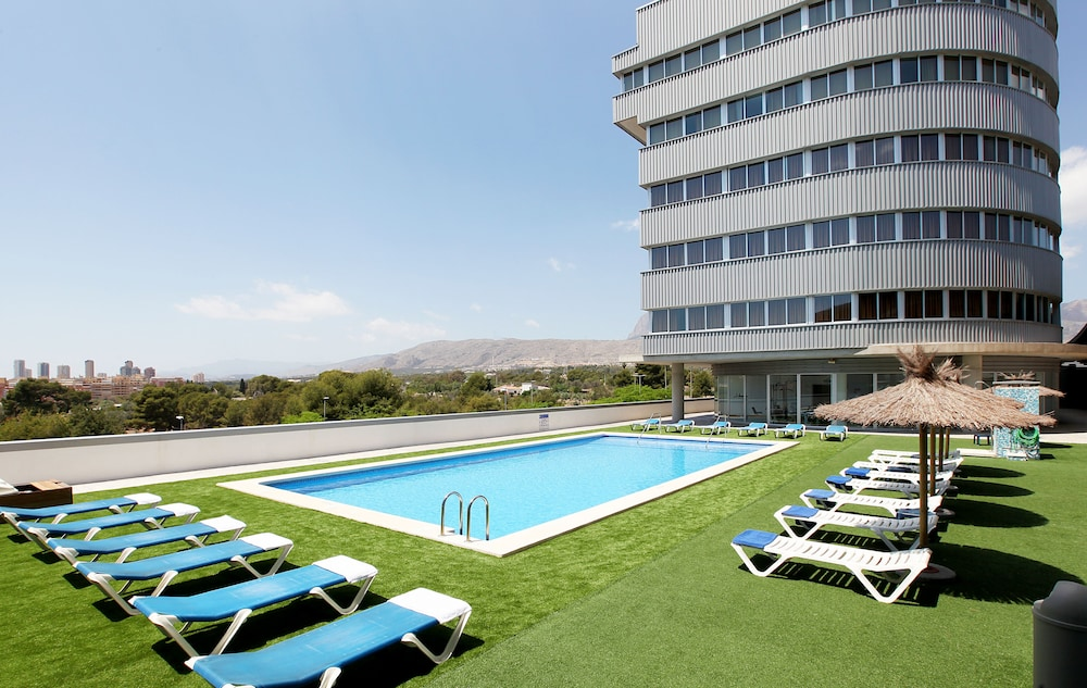 Hotel La Estacion, Featured Image
