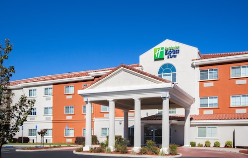 . Holiday Inn Express Hotel & Suites Oroville Lake, an IHG Hotel