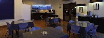Microtel Inn & Suites by Wyndham Cabanatuan Dining