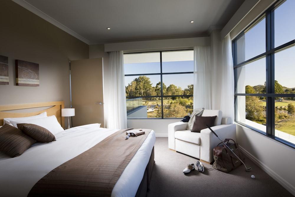 머큐레이 쿠인다 워터스 센트럴 코스트(Mercure Kooindah Waters Central Coast) Hotel Image 11 - Guestroom View