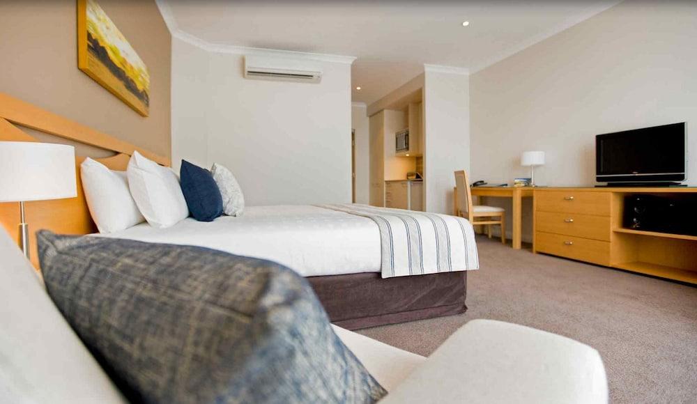 머큐레이 쿠인다 워터스 센트럴 코스트(Mercure Kooindah Waters Central Coast) Hotel Image 3 - Guestroom