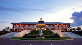 克奧尹達中心海岸美居飯店 Mercure Kooindah Waters Central Coast