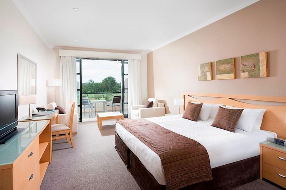 머큐레이 쿠인다 워터스 센트럴 코스트(Mercure Kooindah Waters Central Coast) Hotel Image 4 - Guestroom