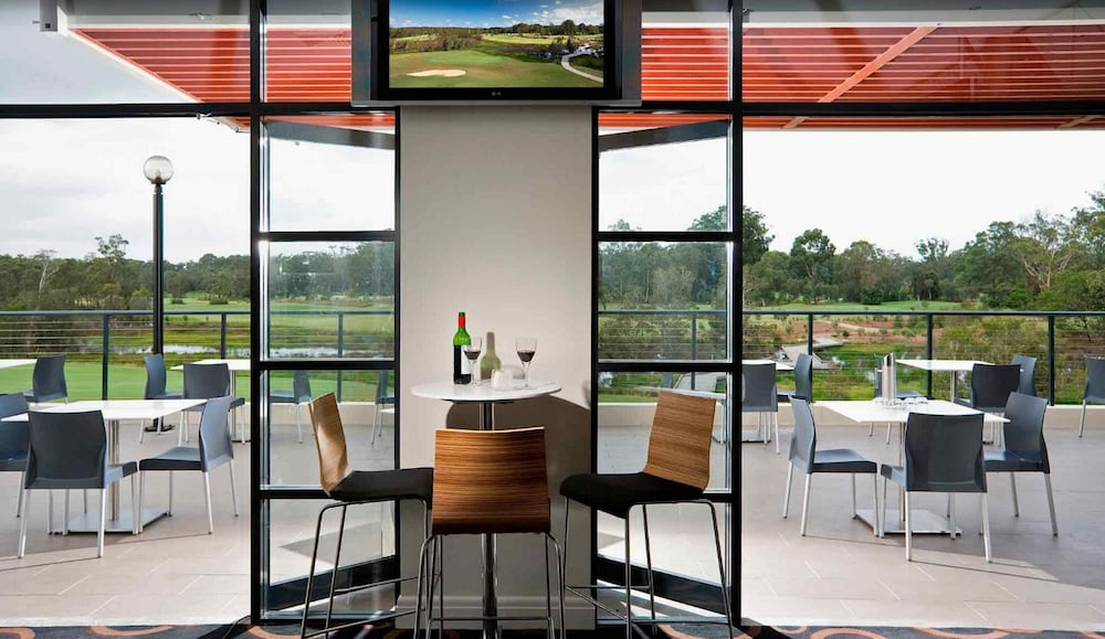 머큐레이 쿠인다 워터스 센트럴 코스트(Mercure Kooindah Waters Central Coast) Hotel Image 23 - Dining