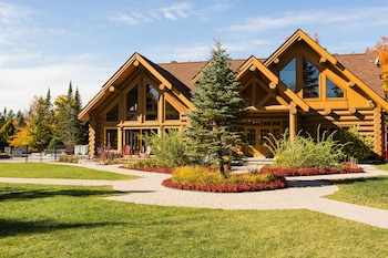 Hotel - Fiddler Lake Resort