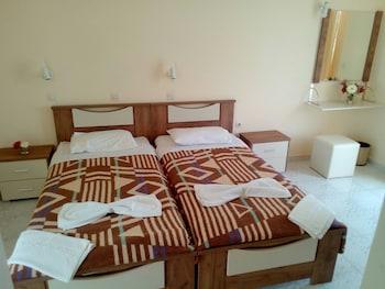 Basic İki Ayrı Yataklı Oda (semi-basement)