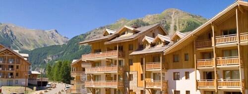 . Madame Vacances - Residence Les Balcons des Airelles