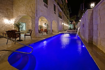 Hotel - Comfort Suites Alamo - Riverwalk
