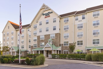 Exterior at Towneplace Suites by Marriott Arundel Mills in Hanover
