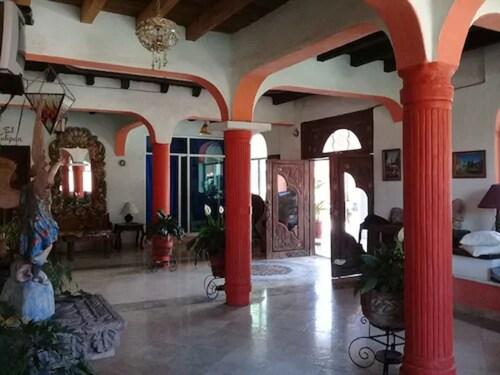 . Hotel Hacienda La Puerta de Enmedio