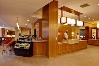 Lobby at Hyatt Place Lake Mary/Orlando North in Lake Mary