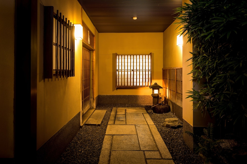 京の宿 坂の上