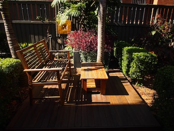 Terrace/Patio at McLaren Hotel in North Sydney