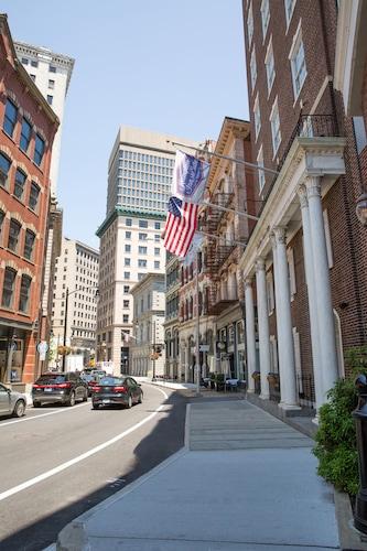 Hampton Inn & Suites Providence Downtown, Providence